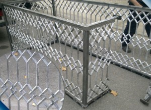 Barandilla restaurada de aluminio